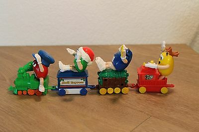 M and M MM M&M Candy Collectibles Lot 4 Piece Christmas Train