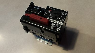 Square D Motor Logic Class 9065 SF120 Nema Size 0 Overload Relay Solid State