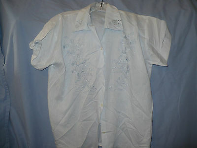 Light Blue Chinese Blouse Blue Embroidery Short Sleeves 40