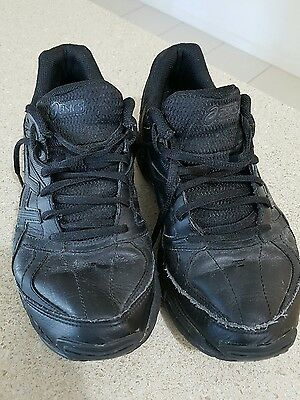 Asics womens black leather shoes size 8 1/2