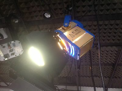 LED CD 1000WS Fresnel Professional Video Lighting Fixture.