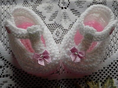 Hand Knitted Baby Shoes / Booties T-Bar 0-3 Months