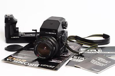 Zenza Bronica Etrsi Outfit