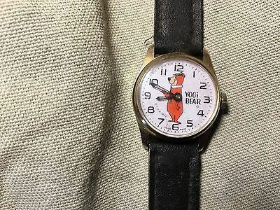 Vintage Yogi Bear wristwatch 1972
