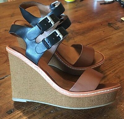 Women's Mossimo Brown And Black Wedge Heel Sandals Size 6.5