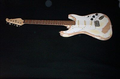 distressed relic strat electric guitar