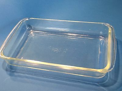 Vintage Pyrex # 232 - 2 Quart Clear Casserole Baking Pan Cake Ovenware Glass 28