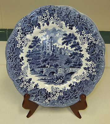 Romantic England Derbyshire Haddon Hall Blue & White Plate