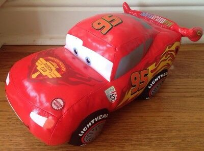 Disney Pixar Cars Lightening McQueen Talking Vibrating Plush Toy GUC