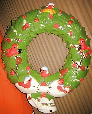"""14"""" Hand Painted Ceramic Christmas Wreath w Red Birds Holly & Berries Gold Trim"""