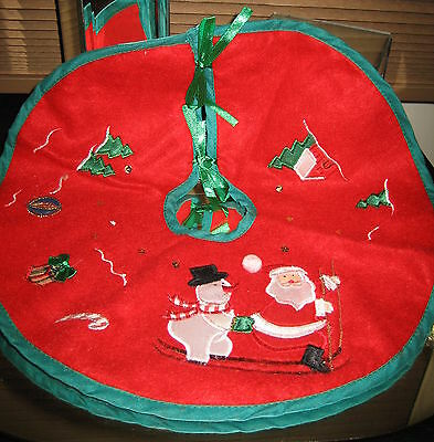 Plush Red Felt Christmas Embroidered Appliques MINI Tree Skirt Tie Fasteners 12""