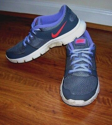 Womens Gray Nike Flex Experience RN Athletic Running Shoes 525754-005 Size 8.5