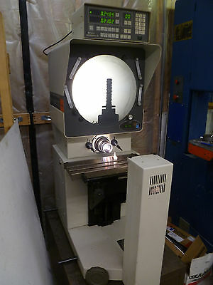 MITUTOYO PH3500 OPTICAL COMPARATOR  with  MITUTOYO MICROPAK2 DIGITAL READOUT