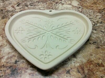New Pampered Chef Anniversary Heart Cookie Mold #2918