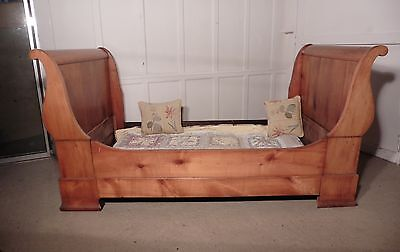 19th Century French Empire Style Day Bed or Single Sleigh Bed.