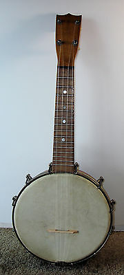 "1920'S Banjo Ukulele 8""  Goatskin Head 12 Tension  Hooks W/ Bulls Head Case"