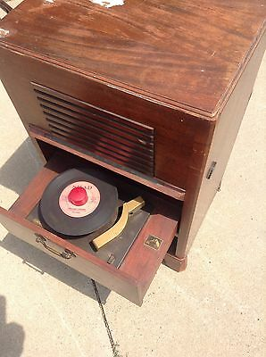 RCA Victor 45 RECORD PLAYER -RADIO 9-W-51 RARE 1949 Vintage for repair