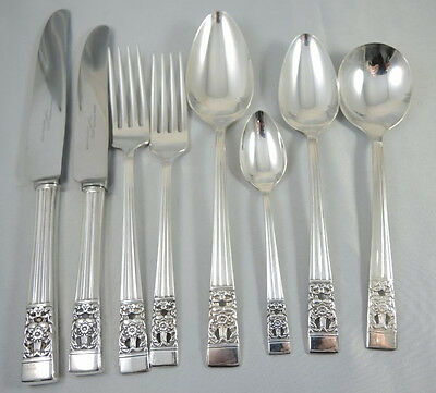 Vintage 6 person Oneida Community Hampton Court Cutlery set