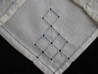 Vintage Lot 4x NAPKINS-Cut Work With Pale Blue Embroidery Stitching-9x9-LINEN