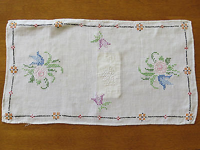 Antique White Linen Table Runner Cross Stitch Flower Bouquet Hand Made OLD