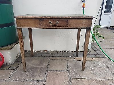 Great little writing desk - Chesterfield style