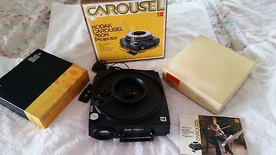 Working Kodak Carousel 760H Slide Projector w/Manual and 2 Carousels