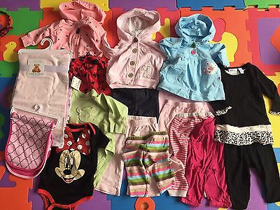 Lot Of 21 Baby Girl Carters Sweaters, Gap Pants, Blankets & More! 3 & 3-6 Months