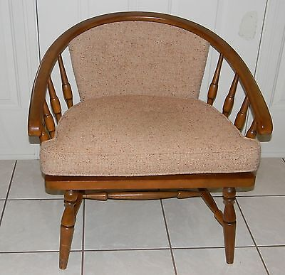Mid Century Modern Wood W/ Cushions Barrel Egg Lounge Pub Chair Vintage Nice