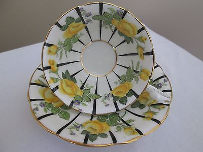 vintage Aynsley Tea cup & saucer yellow cabbage Roses A 3770