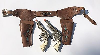 Vintage HUBLEY TEXAN JR Cap Gun set with TEXAS RANGER Leather Holster