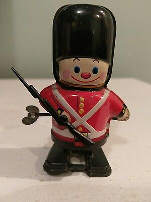 Tin Wind up Toy japan vintage Yone 1960's London Queens Guard collectabe rare