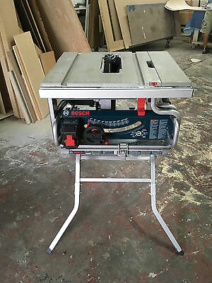 Bosch GTS 1031 Portable Table Saw with stand