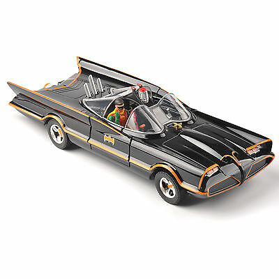 Jada Toys 1/24 Scale Batman Batmobile Lincoln Futura 1966 Diecast Car Model Toys