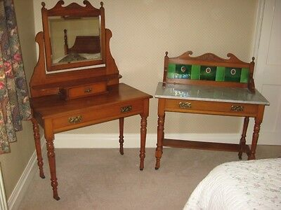Vi Ntage Dressing Table And Wash Stand