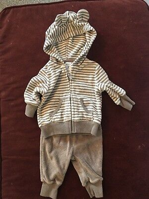 Unisex 2-Piece Outfit By Carter's Size 3 Months