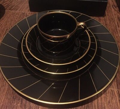 Fitz & Floyd Harlow Black Gold 4 piece place setting Cup Breakfast Lunch Dinner