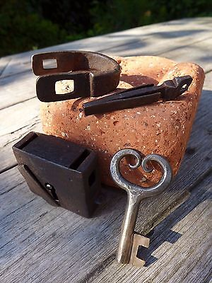 Antique Medieval Time Padlock with one key working hobby collector rare 25-06