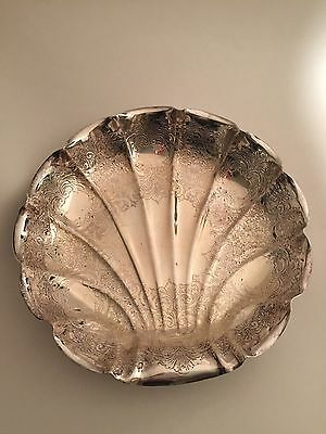 WB Trademark  Silverplate Scallop Shell Platter serving Tray, Beautiful pattern.