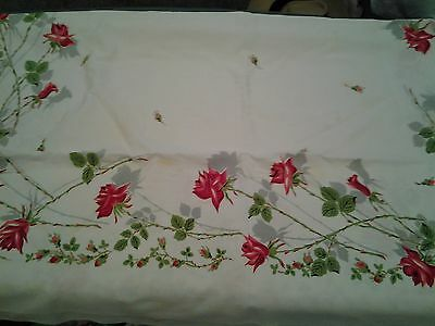 Vtg Kitchen Old Beautiful Rose Garden Tablecloth Red/Green/White approx 45 X 50""