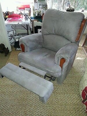 1 recliner chair lazy boy, lounge in  good cond.Plush, soft and very comfortable