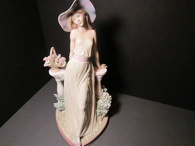 Lladro   Figurine # 5378 Time For Reflection Rare Retired