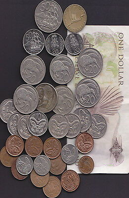 New Zealand - bulk Banknote and Coins suitable for Travellers or Collectors