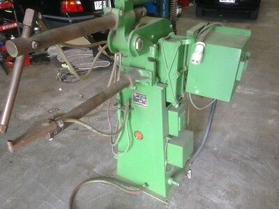 EMF SPOT WELDER, FOOT CONTROL,WATER COOLED,3 phase 415 volts, TYPE TAE32