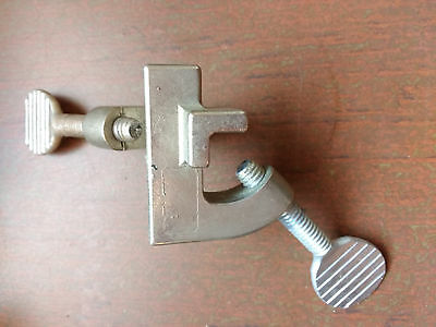 90 Degree Rod Grip Clamp Regular Holder Chemistry