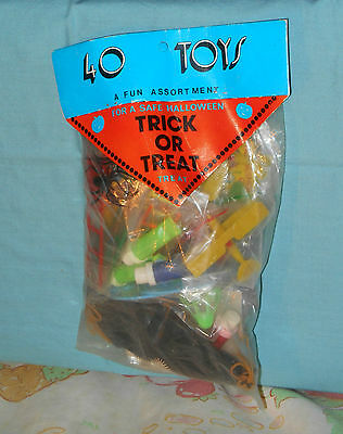 vintage Fun Services HALLOWEEN TRICK OR TREAT TOYS new in package