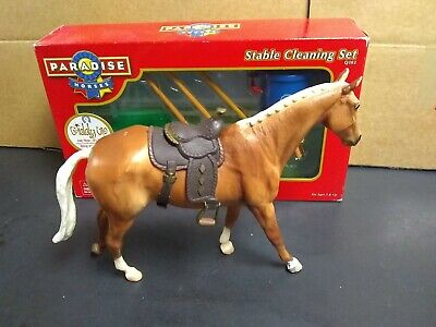 PARADISE HORSES 6 Piece Stable Cleaning Set Never Opened Works w/ Breyer