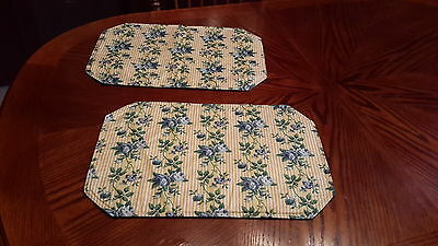 Longaberger Set of 2 Retired Rose Trellis Placemats -Nice