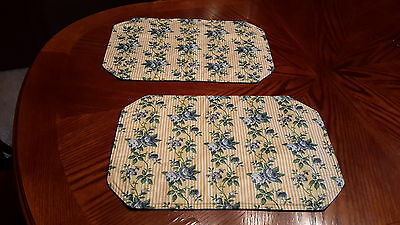 Longaberger Pair of Waverly Rose Trellis Placemats - Nice