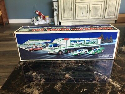 1997 Hess Toy Truck and Racers Brand New In Box