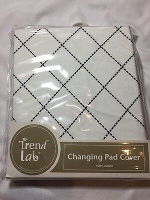 NEW Trend Lab Baby Changing Pad Cover Cotton Black & White Diamond Versailles